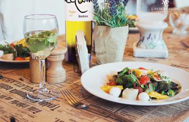 Eccum Bombino bianco: dal vitigno alla tavola