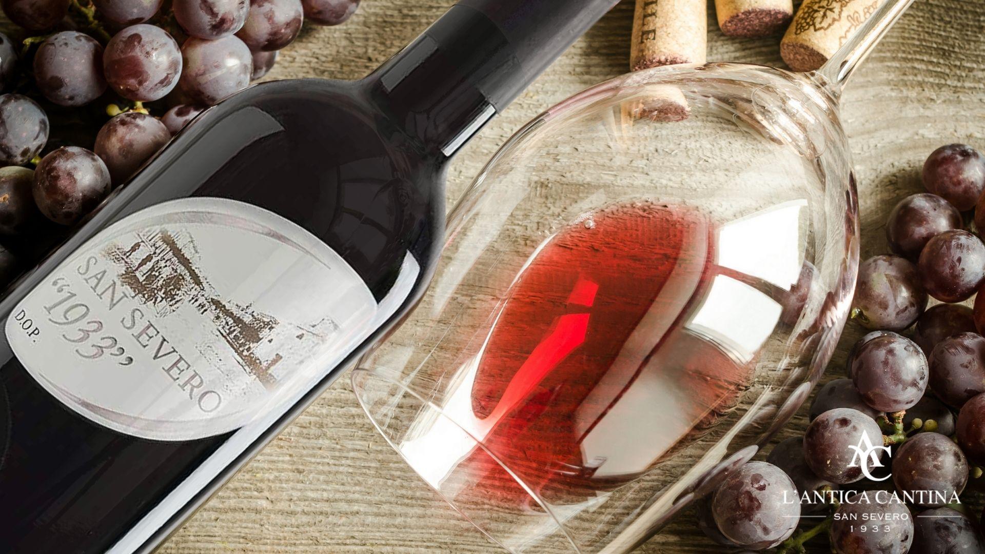 1933 Rosso: un vino caldo e armonico ottenuto da uve rosse Montepulciano