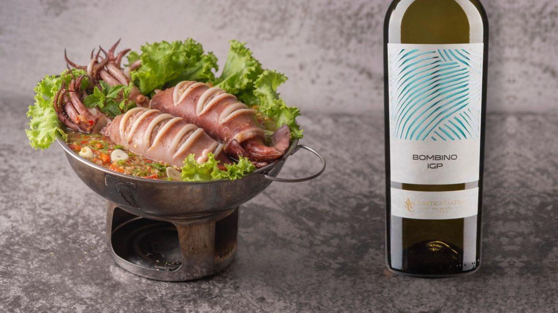 Nobiles Bombino per un secondo piatto a base di pesce: Calamari e patate al forno